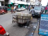 die-hauptstadt-liberias-hat-noch-immer-kein-fliessend-wasser-sondern-ein-liefersystem-durch-ex-combattants