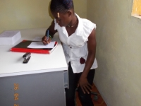 louis-mopolu-die-reserve-registriererin-der-yarbayah-clinic