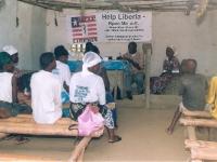 Bis unsere neue Clinic fertig war, war die Ambulanz provisorisch in der evangelischen Kirche.