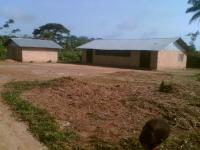 Die ursprüngliche Clinic des Ortes Yarbaya, welche wir wieder zur Behandlung bekommen haben.