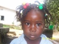 Ein Mädchen im Hinterland Liberias