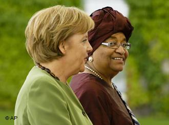 Angela Merkel und Ellen Johnson-Sirleaf