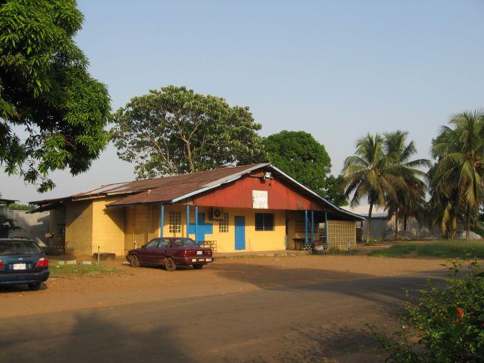 Das normale Krankenhaus auf dem ELWA-Compound, jetzt ELWA-1 genannt