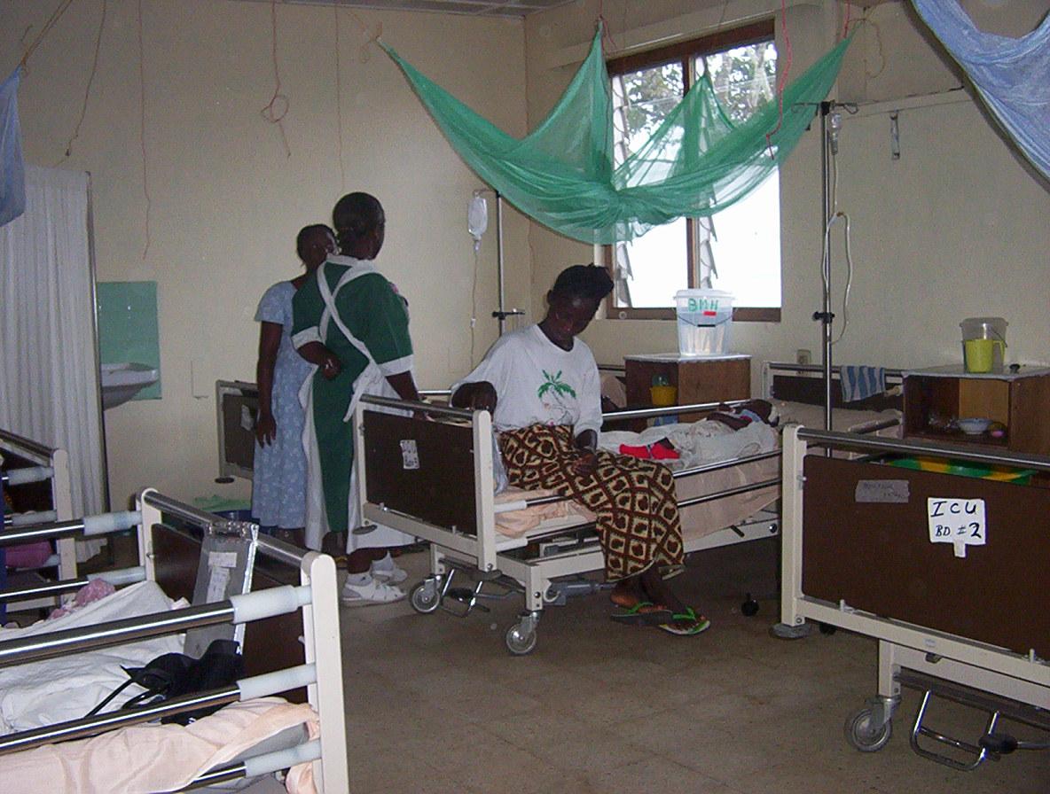 Eine Krankenschwester im Bong Mine Hospital